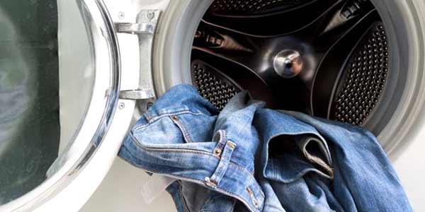 Как правильно ухаживать за джинсами