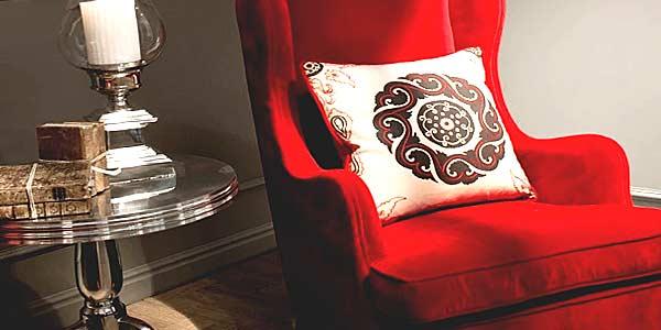 Кресло в интерьере фото
