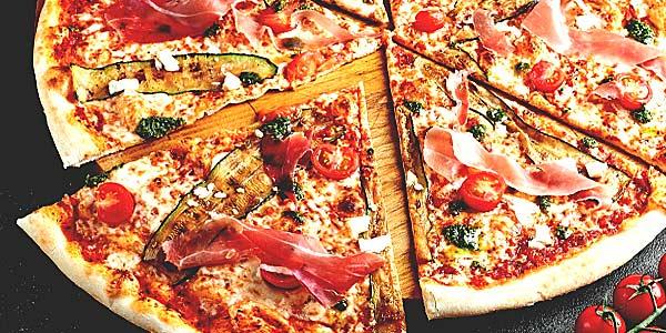 День пиццы (историческая справка). 10 фактов о пицце фото